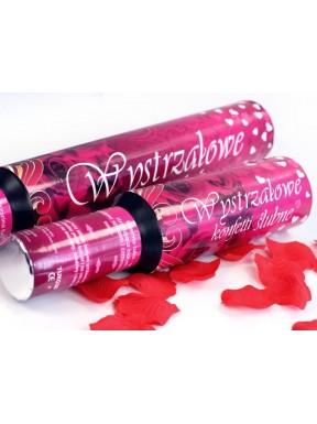 Tuba 30 z białymi sercami i czerwonymi płatkami róż
