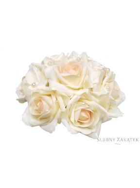 Bukiet róż z perełkami kremowy