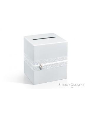 Pudełko na telegramy z koronką