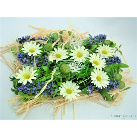 Dekoracja z kwiatów polnych