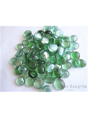 Kamienie lekko opalizujące, zielone