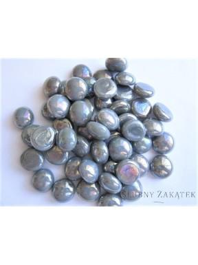 Kamienie opalizujące, srebrne