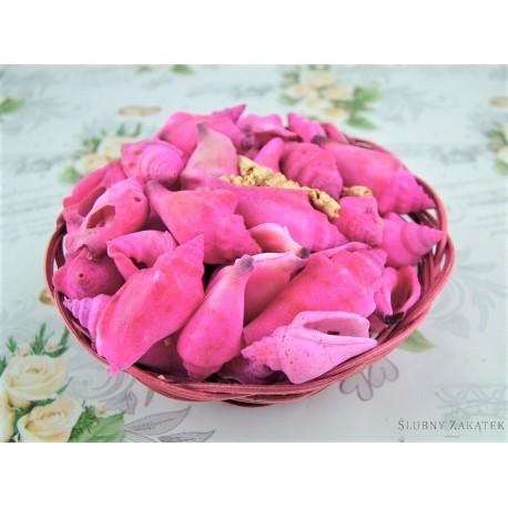 Muszelki Dekoracyjne W Koszyku Różowe Akcesoria Florystyczne