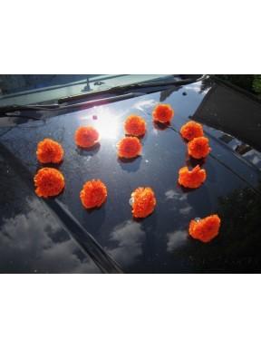 DEKORACJA NA SAMOCHÓD Goździki c. pomarańczowe, na przyssawkach
