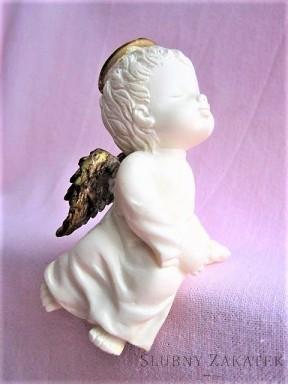 Aniołek kremowy na półkę